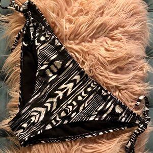 Roxy Black And White Tribal Bikini Bottom